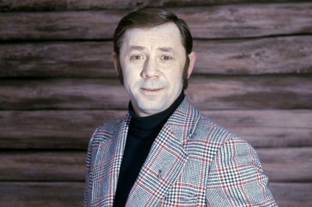 актер Анофриев