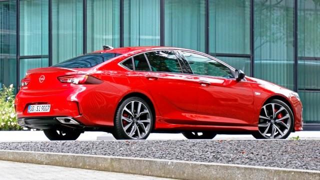 универсал Opel Insignia