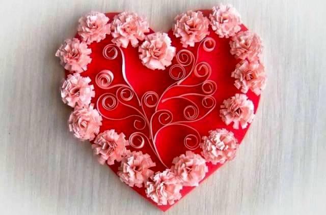 подарок в форме сердца