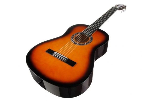 обыкновенная гитара