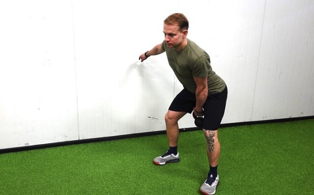 упражнение с гирями