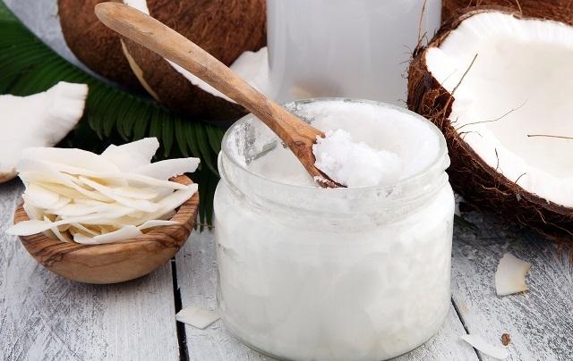 масло из кокоса в банке