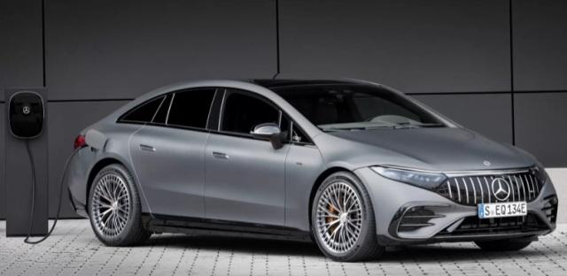 зарядка электрокара Mercedes